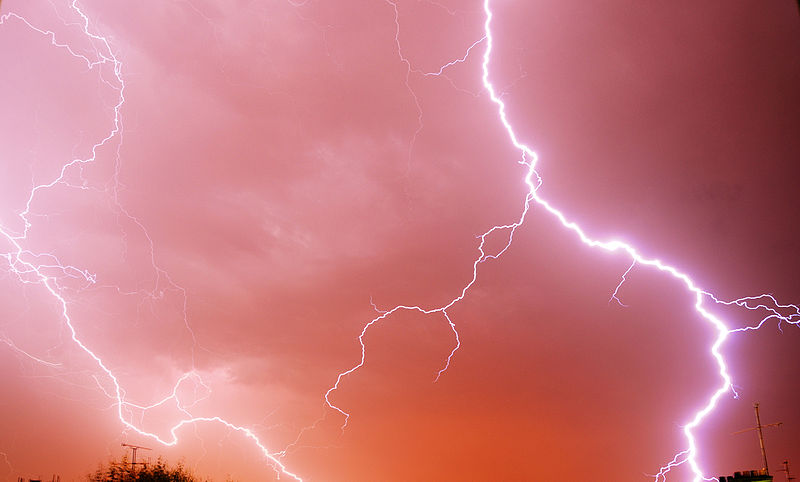 lightning is an example of static electricity